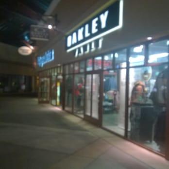 the oakley vault store