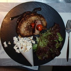 Grilled lamb buger slong with side of…