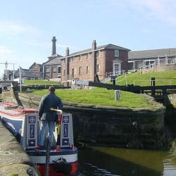 Shropshire Union Canal, Ellesmere Port, Cheshire East, UK