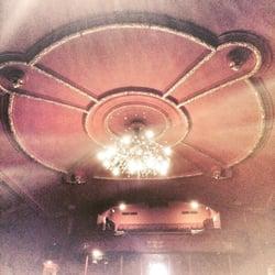 Théâtre Sébastopol - Lille, France. Le lustre.
