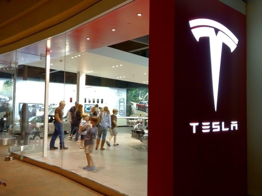 Tesla Store Fashion Island - Newport Beach, Orange County, Southern