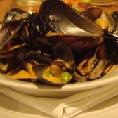 The Bison - Mussels with red curry and coconut milk. Save your bread for this sauce! - Banff, AB, Kanada