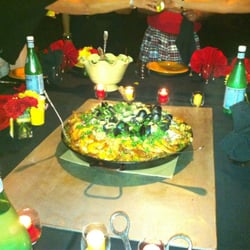 Thatsalata - Seafood and chicken paella for a private event - Silver Spring, MD, Vereinigte Staaten