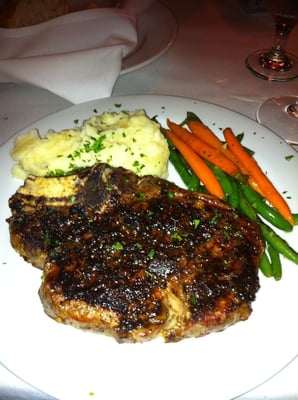 The Mark - Bone-In Porcini Crusted Ribe-Eye - Bakersfield, CA, Vereinigte Staaten