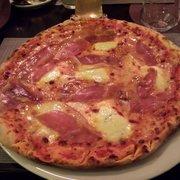 Pizzeria Hellweger's, Merano, Bolzano, Italy