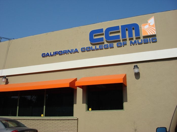 music colleges in california California is also home to private colleges, which are not state universities, some of which are dedicated solely to theater and musical theater training.