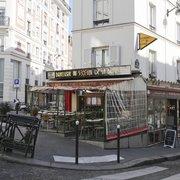 Au Soleil de la Butte, Paris, France