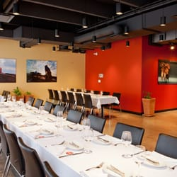 Pampa brazilian steakhouse 57 billeder steakhouses for Best private dining rooms edmonton