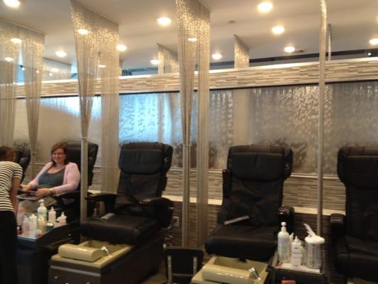 Essential salon nail spa elmwood new orleans la for A q nail salon wake forest nc