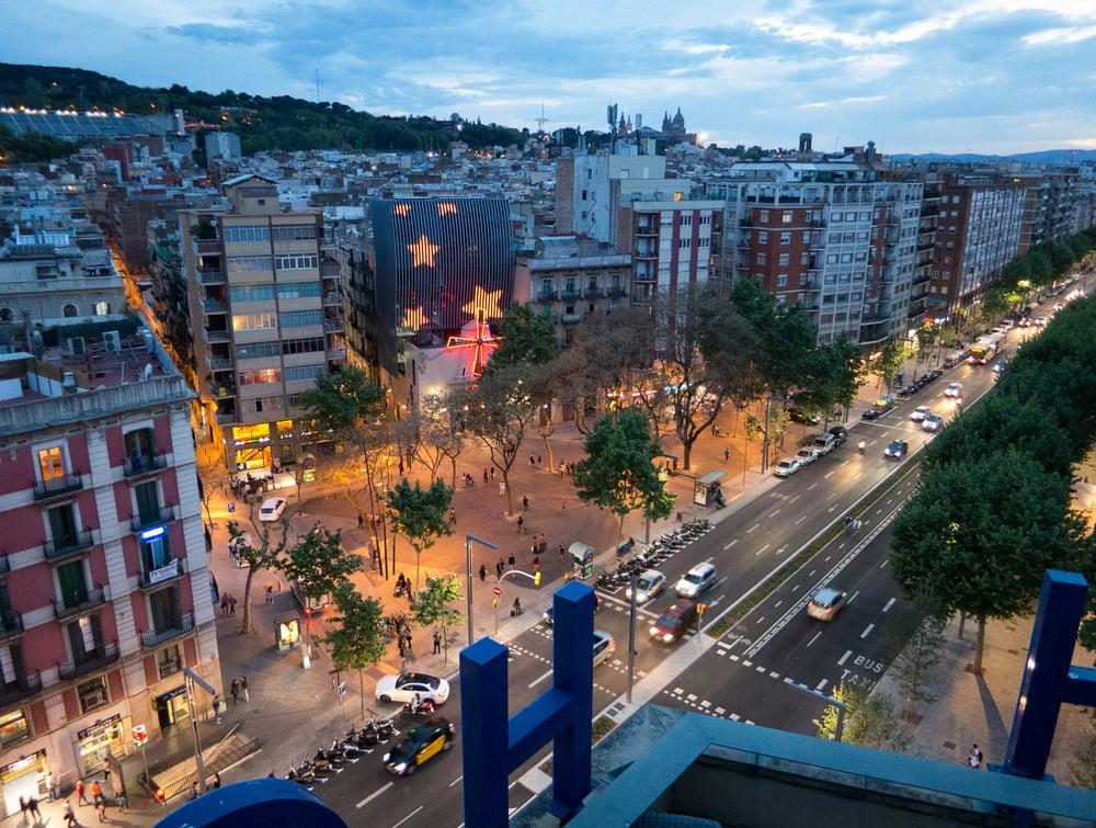 Barcelona Universal Hotel To Las Ramblas