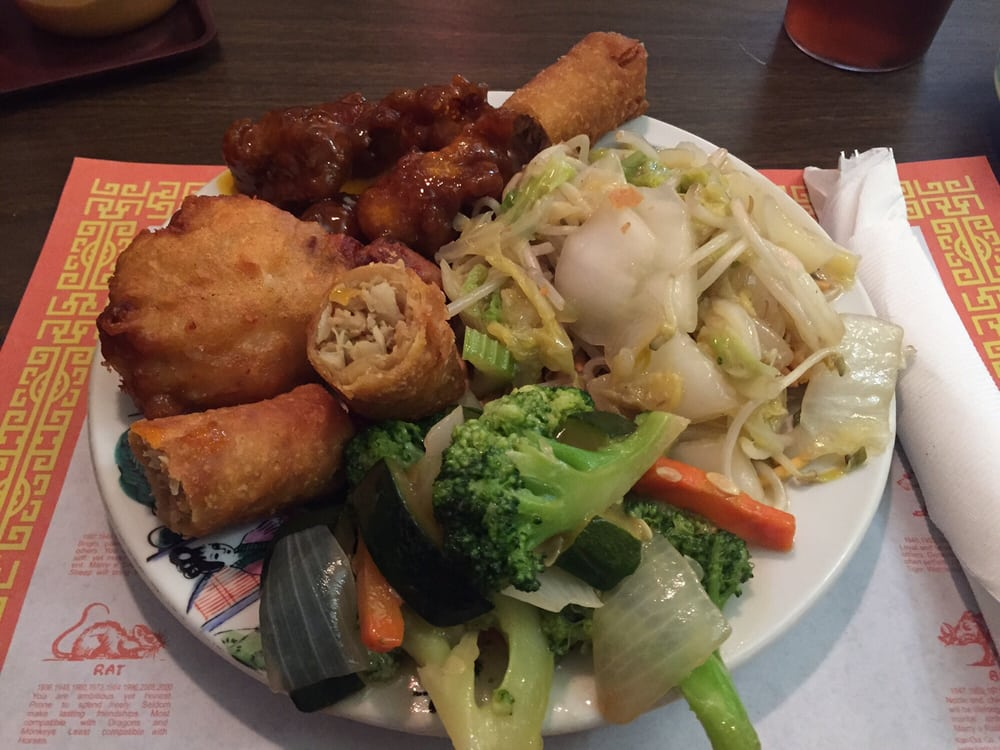 Golden palace restaurant 10 photos chinese restaurants for Asian cuisine tulsa