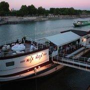 Nix Nox, Paris