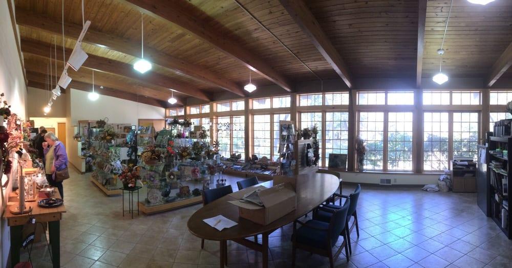 Lincoln Memorial Garden Nature Center Parks 2301 E Lake Shore Dr Springfield Il Reviews