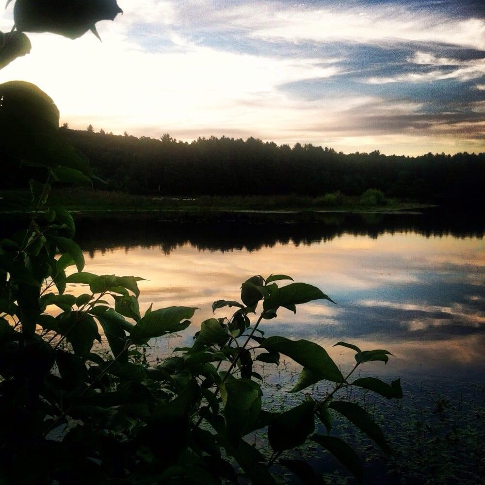 Holyoke (MA) United States  city images : Ashley Reservoir Hiking Holyoke, MA Yelp