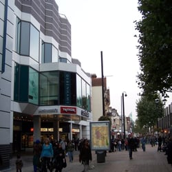 Centrale Shopping Centre, London