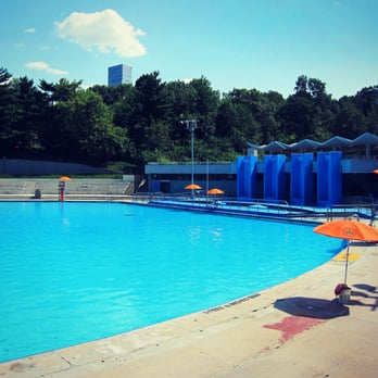 Lasker pool 17 reviews swimming pools central park - Sportspark swimming pool new york ny ...