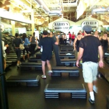 Barry s bootcamp sherman oaks 27 photos gyms sherman for 13425 ventura blvd 2nd floor sherman oaks ca 91423