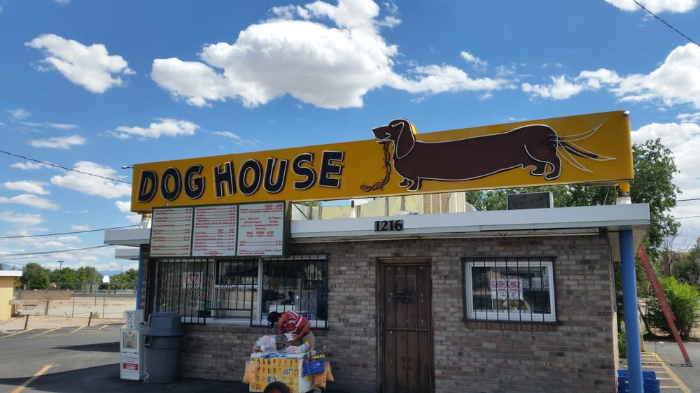Dog house drive in 80 photos hot dogs downtown for Dog house albuquerque