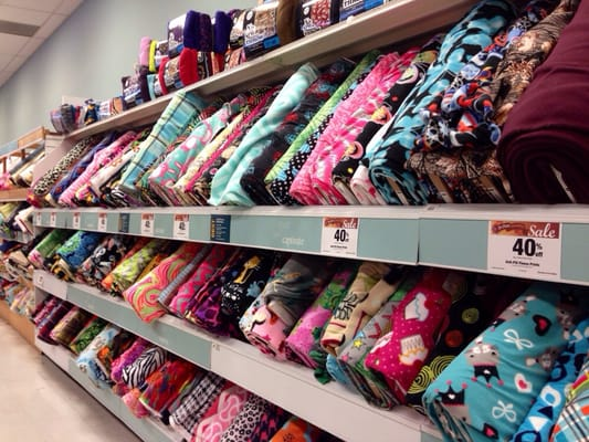 Jo ann fabric and craft store fabric stores san diego for Fabric outlet near me