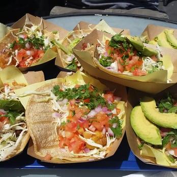 Oscar s mexican seafood mexican la jolla san diego for Oscars fish tacos san diego