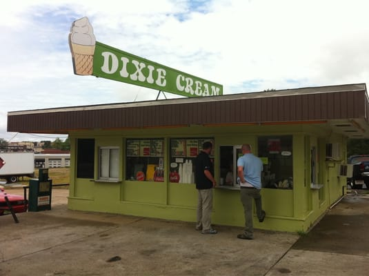 joe s dixie barbecue ferm 201 restaurant 302 e