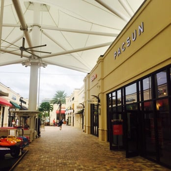 List of outlet stores in the West Palm Beach Outlets & West Palm Beach Outlet Mall in West Palm Beach, Florida. Name brand factory outlet stores including: GAP, Guess, OshKosh, Bath & Body Works, GNC, DKNY, Hanes, Jockey, Nike, Levis, Nautica, Reebok, Under Armour, Adidas, Converse, New Balance, Toys R Us and more.