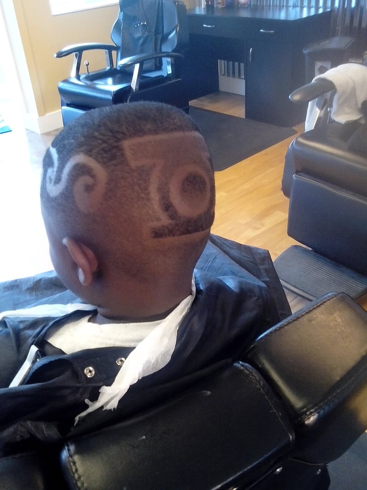 Reggie s hair art barbers tacoma wa photos yelp - Hair salons tacoma wa ...