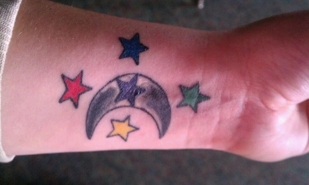 Old anchor tattoo shop tattoo battle creek mi yelp for Open tattoo shops near me