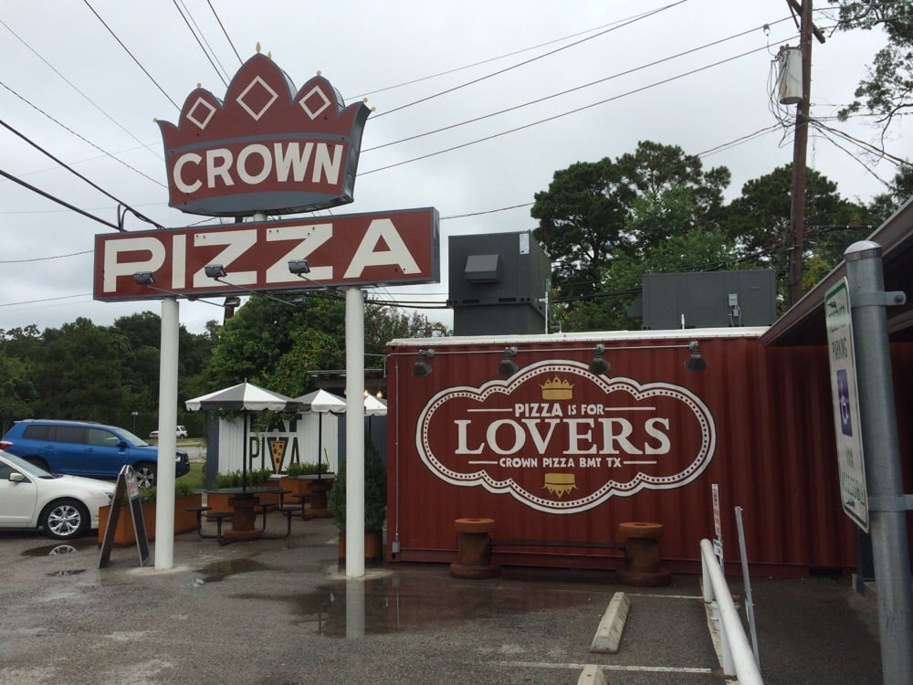 Beaumont (TX) United States  City new picture : Crown Pizza Beaumont, TX, United States