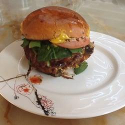 Whole Foods - The turkey cheeseburger. - Annapolis, MD, Vereinigte Staaten
