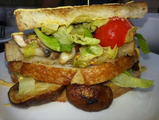 Bella and Fontana sandwich.  Yummy!