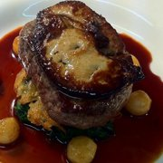 fillet steat en roesti,spinach,foie gras,baby onion,jus