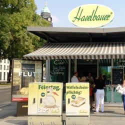 Der Haselbauer-Eis-Pavillon.