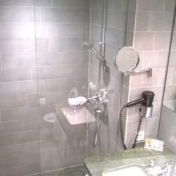 La fameuse douche spéciale inondation