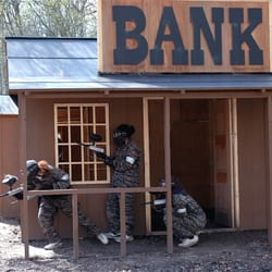 Raiding the bank at Dodge City game zone. Campaign Paintball