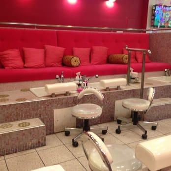 place ping nail salon brooklyn