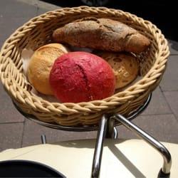 Rote Beete-Brötchen zum Frühstück