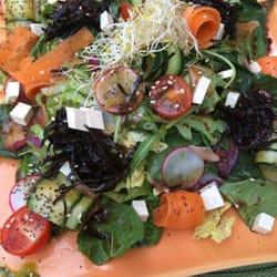 Heerlijke salade van algen, gember,…