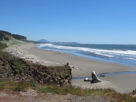 port orford latin dating site Battle rock park in port orford beckons to visitors passing through  seek out adventure in port orford  castaway by the sea is a historic property dating from.