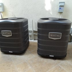 O C Breeze Heating & Air Conditioning - Capistrano Beach, CA, États-Unis. Our brand new Maytag 13 SEER units that Greg installed.