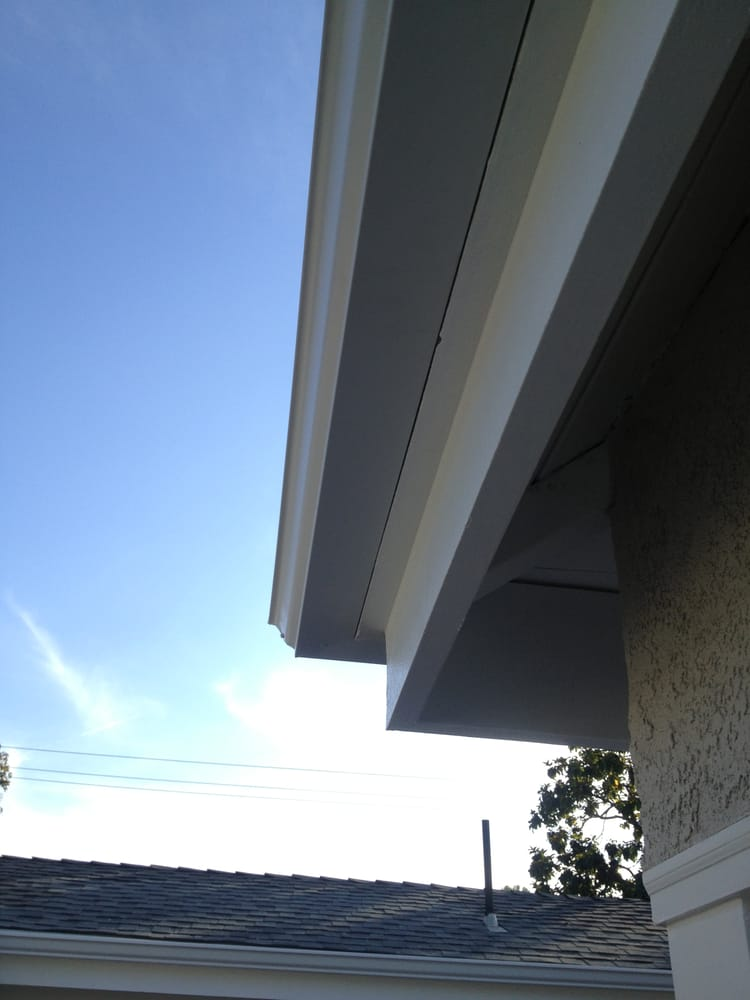 All rain gutters are available in 35 pre painted colors for Painting aluminum gutters