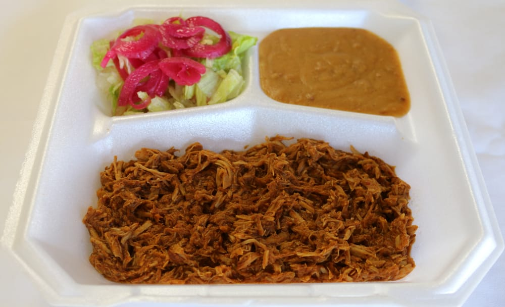Platillo de Cochinita y Frijoles Puercos (Marinated Pork and ...