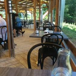 Les Tables du Bistrot - Limoges, France. La terrasse
