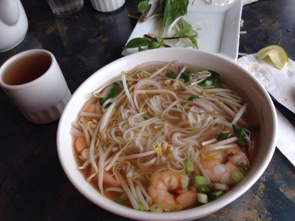 Pho fusion 16 foto cucina vietnamita newmarket on for Cucina vietnamita