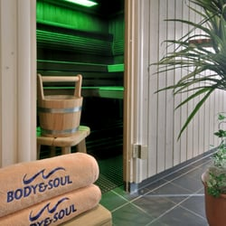 benachbarte body&soulTM Badelandschaft -…