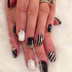 Dj Nails II - My sisters crazy nails. Liquid gel with gel polish and