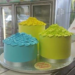 La Suiza Bakery Cakes
