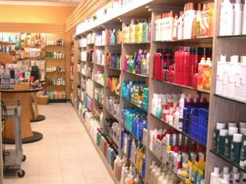 Dorian s beauty supply store hair salon closed for Adazl salon and beauty supply