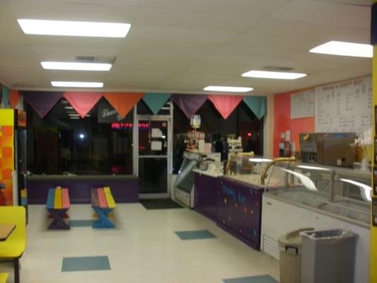 Lickity Split Ice Cream Shoppe - Vestal, NY | Yelp