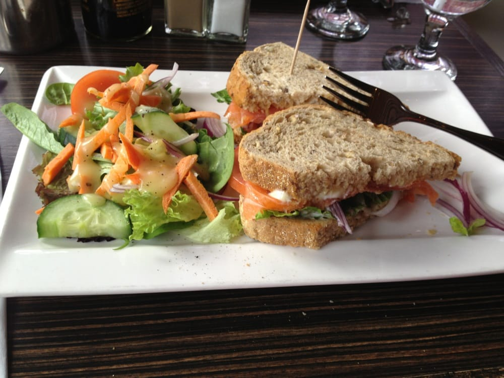 Everest Cafe And Bar Reviews
